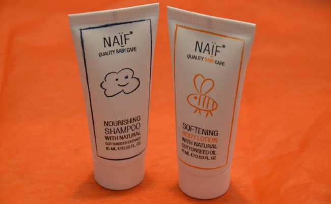 Naïf baby care test pakket bodylotion  shampoo
