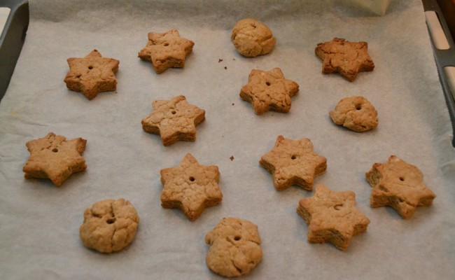 afgebakken koekjes kerst