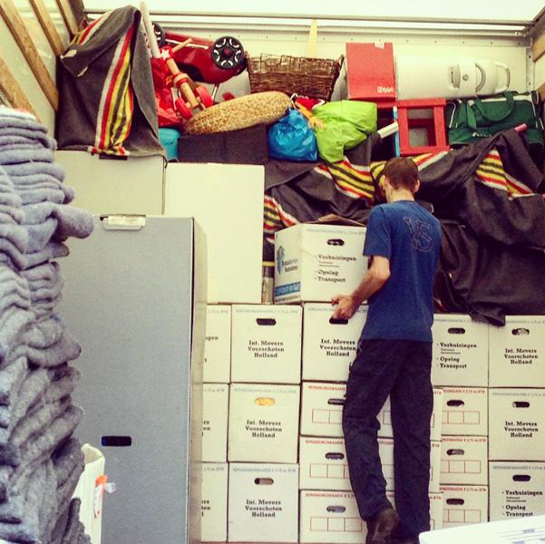 verhuizen kinderen tips verhuisdozen verhuiswagen