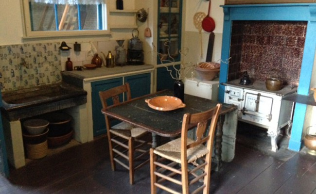 oude woonkamer eetkamer in molen