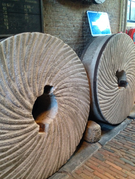 molenstenen molen de valk