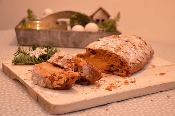 feestbrodd feeststol kerststol van speltmeel recept