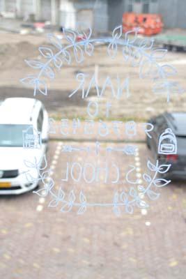 spiegelbeeld aftellen aftelkalender op raam school