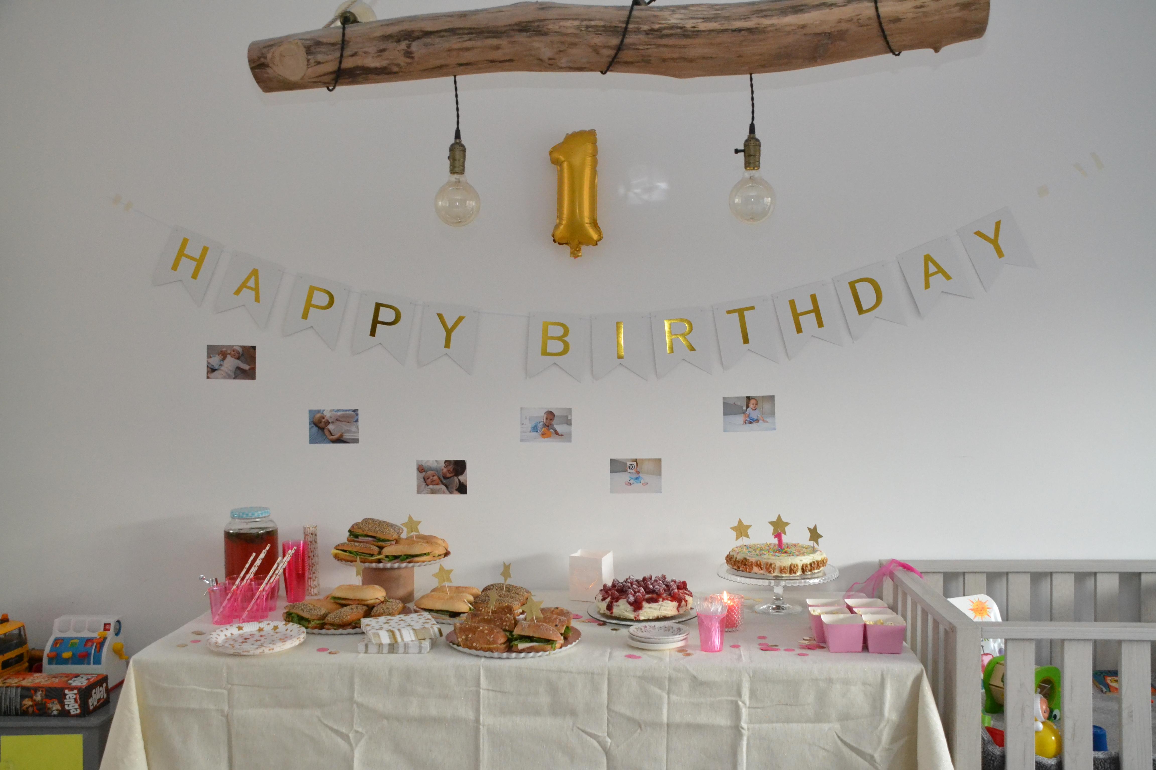 happy birthday banner 1 jaar feest