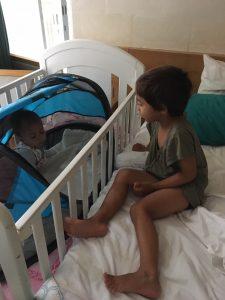 Deryan slaaptent baby luxe campingbedje klamboe