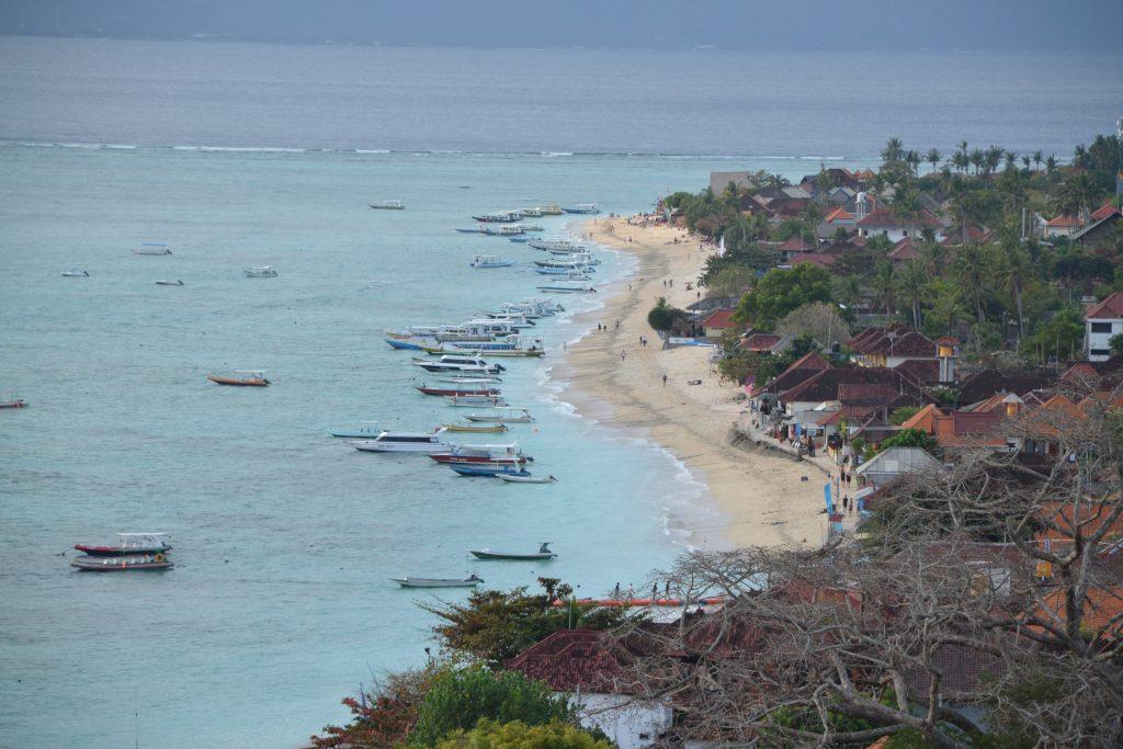 Nusa Lembongan uitzicht strand